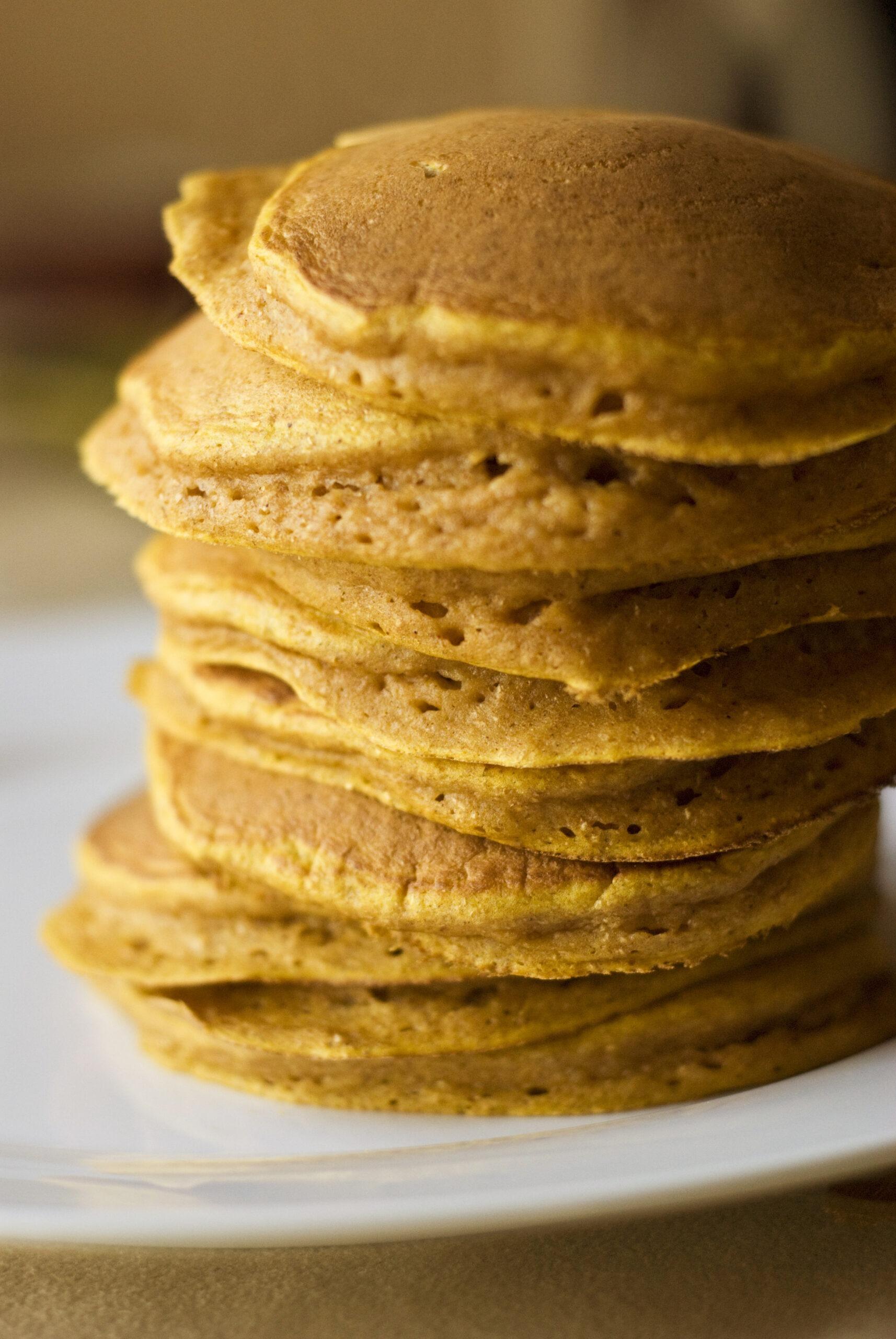 clean eating pumpkin pancakes